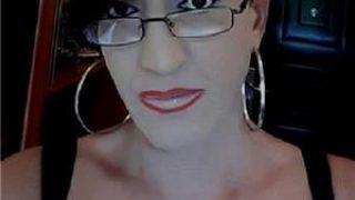 Citeva zile !!! transsexuala matura nu travestit cu peruca ti-am trezit curiozitate ai ocazia !!!