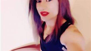 Tranvestita bruneta noua la tine in Oras